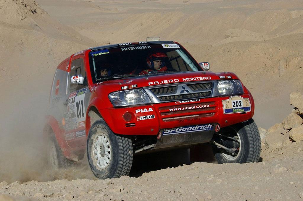 Mitsubishi Pajero Rally Paris Dakar